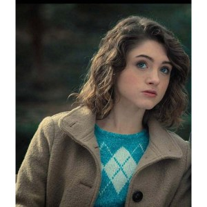 Natalia Dyer Stranger Things S03 Nancy Wheeler Coat
