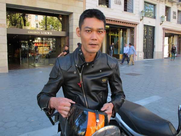 leather-jacket,-motorbike-fashion.-1