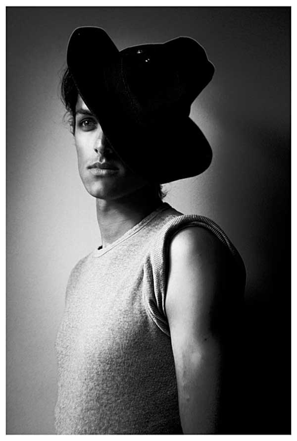 armando,male-models,hats,fedora