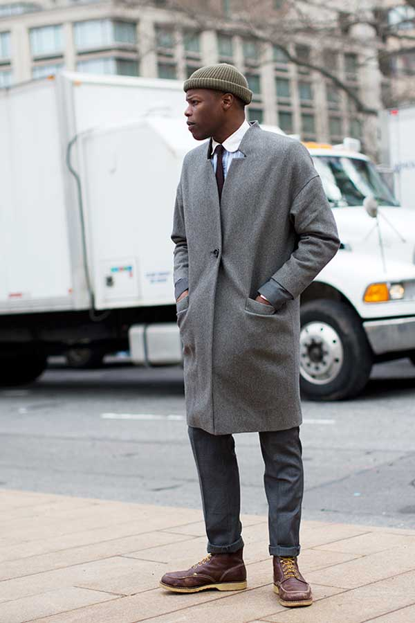USA  - Grey coat - brown hat