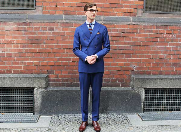 Double breasted navy business suit