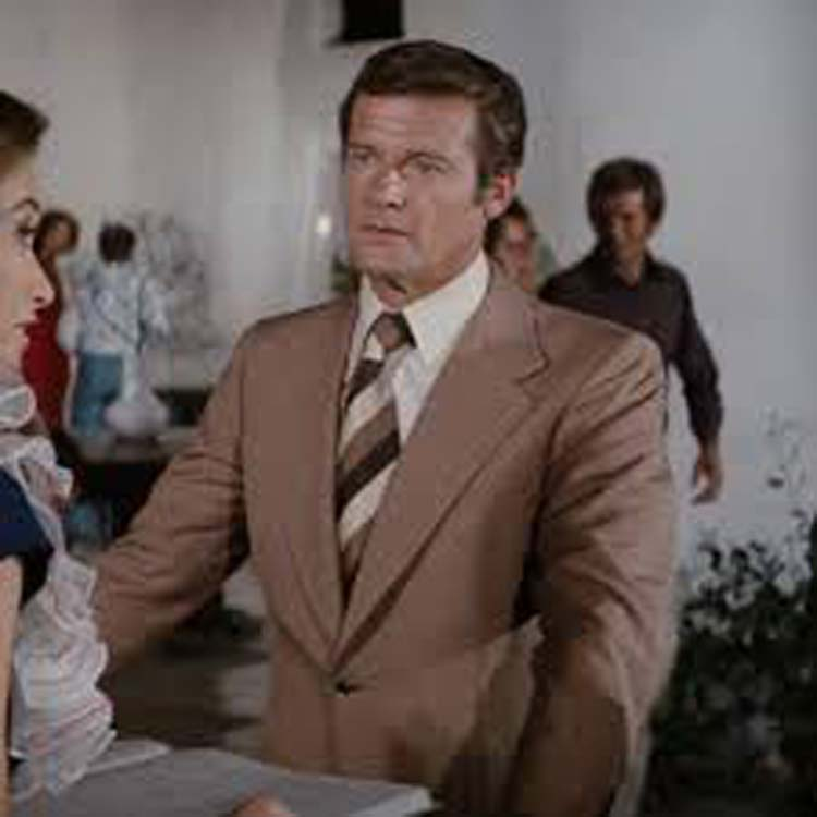 The-Spy-Who-Loved-Me-1970's-james-bond-brown-flared-suit