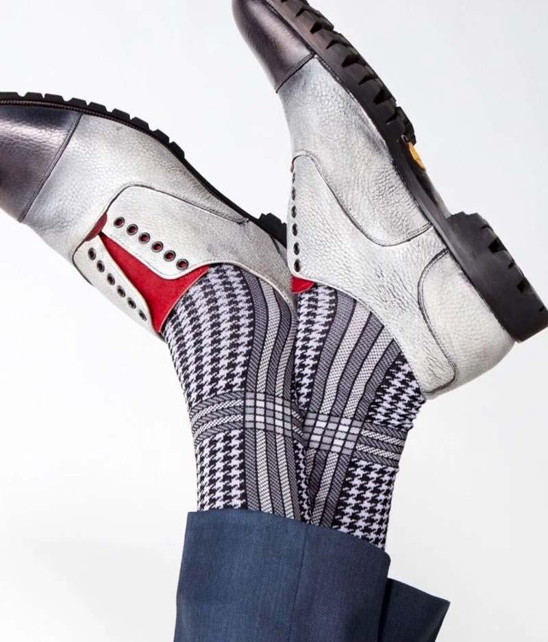 vknagrani over the calf socks
