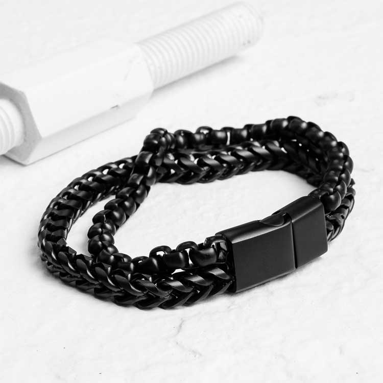 Etid-bracelet-as-found-on-touch-of-modern