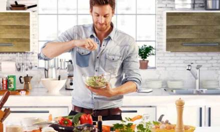 Research Shows Women Love Watching Men Cook in the Kitchen