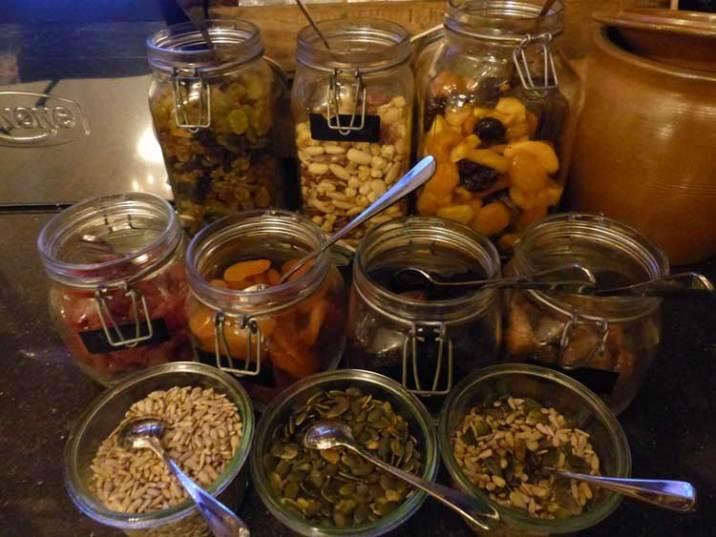 Hotel-Des-Indes-The-Hague-MenStyleFashion---dried-fruits