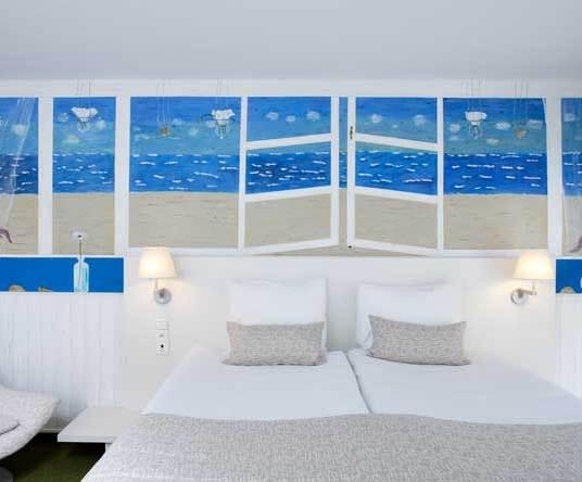 Room-Art-3