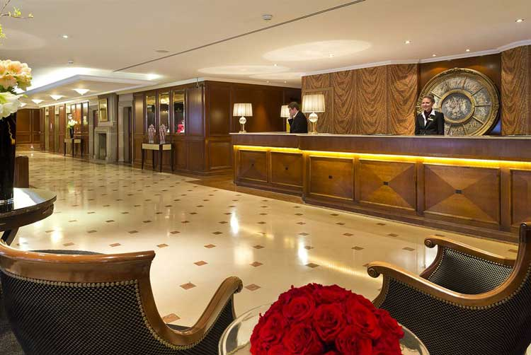 Royal-Windsor-Hotel-Grand-Place-Brussels-lobby