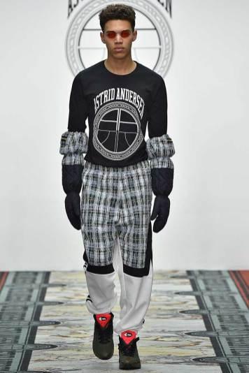 Astrid Andersen - Luxury Wools, Denims Linton Tweeds (16)