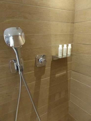 Big shower head and toiletries by Fragonard VRAI