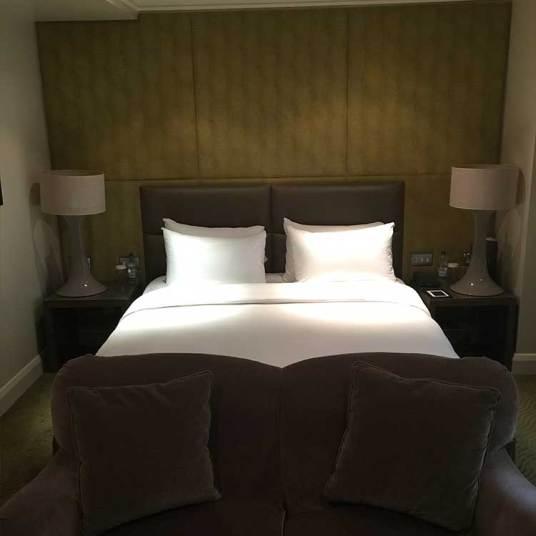 May-Fair-Bed