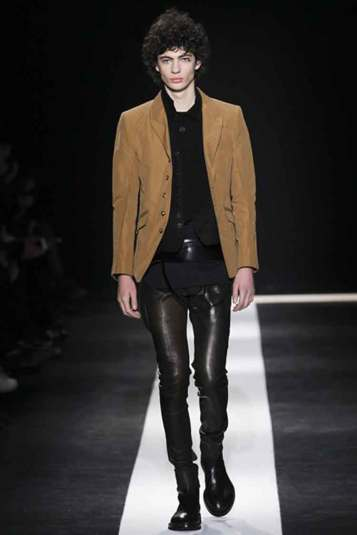 Ann Demeulemeester - Gothic Inspired Collection (3)