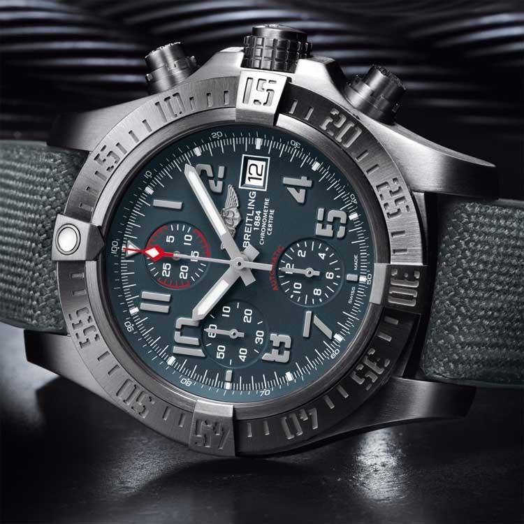 Breitling-Avenger-Bandit-watch-front