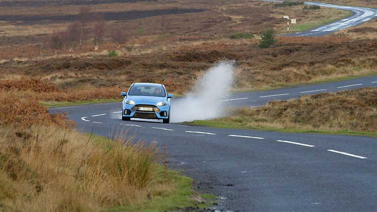 Focus-RS-drives-along-Blakey-Ridge-in-North-Yorkshire