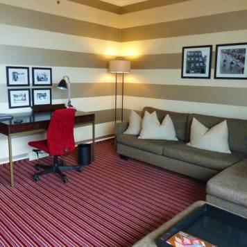 Hilton-Amsterdam-2016.jpg-King-Room
