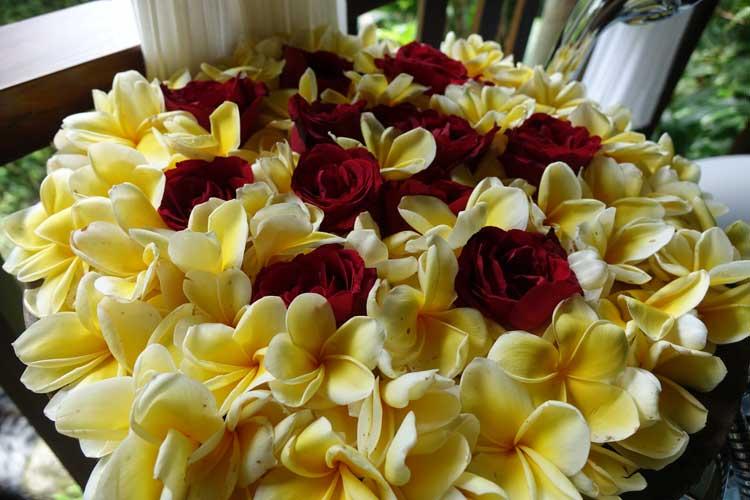 Komaneka At Bisma Ubud Bali Resort Spa - flowers