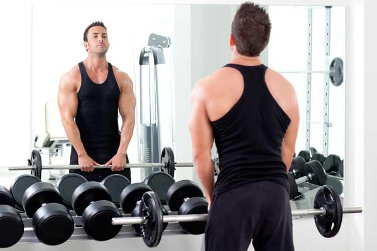 avoid-mirror-posing