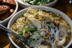 mushroom bean sprouts, spring onion chili