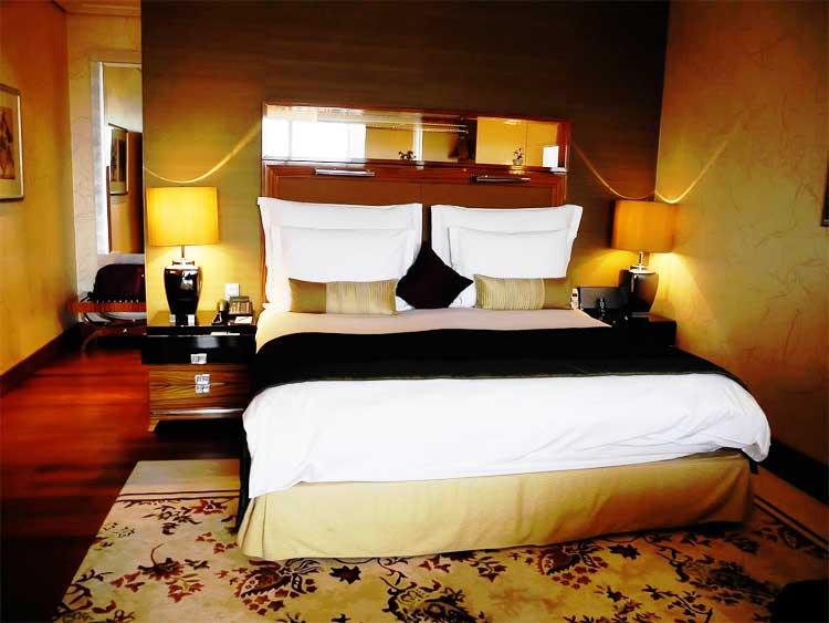 mandarin-oriental-munich-suite-1