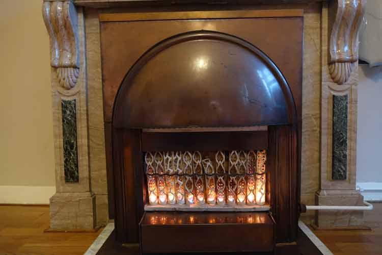 haas-op-het-vrijthof-the-famous-vrijthof-square-menstylefashion-maastricht-11-jpg-1920-copper-fireplace