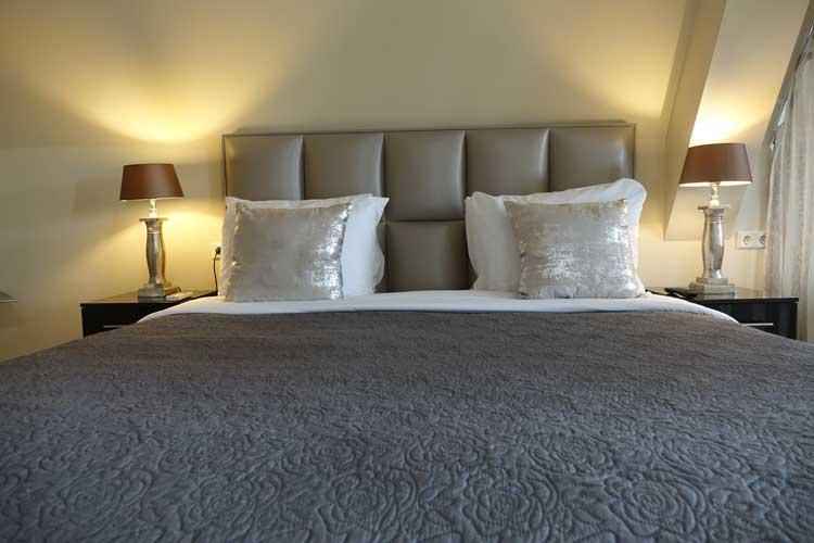 luxury-suites-amsterdam-luxury-location-royal-penthouse-menstylefashion-19