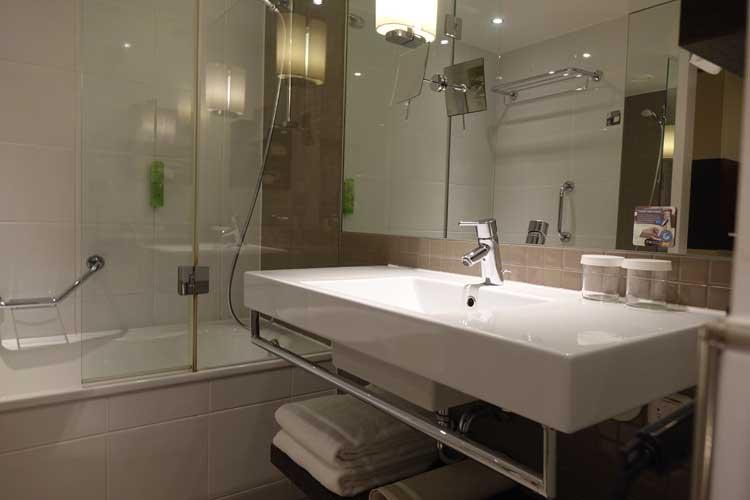 movenpick-hotel-amsterdam-menstylefashion-1-4