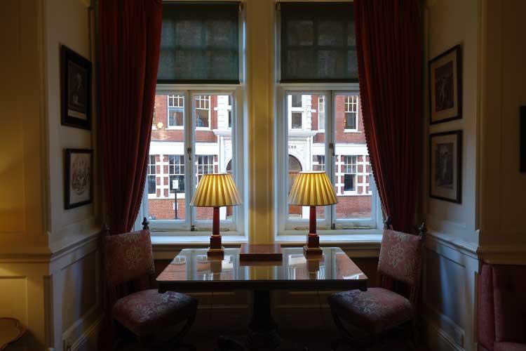 the-draycott-hotel-chelsea-menstylefashion-29