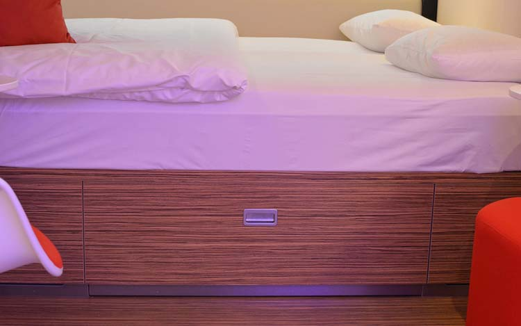 citizenm-bed
