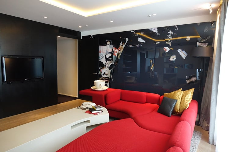 W London Leicester Square Hotel - WOW Suite Review