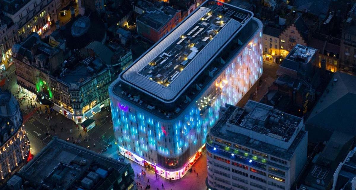 W London Leicester Square Hotel – WOW Suite Review