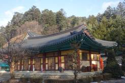 South Korea Woljeongsa Temple Pyeongchnag Winter Olympics 2018 menStyleFashion (11)