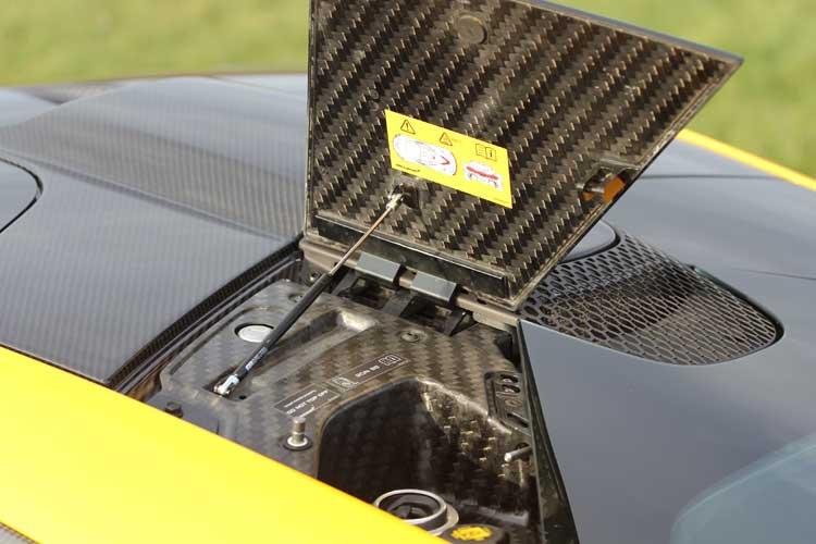 McLaren P1 - England's Million Euro Hybrid Rocket