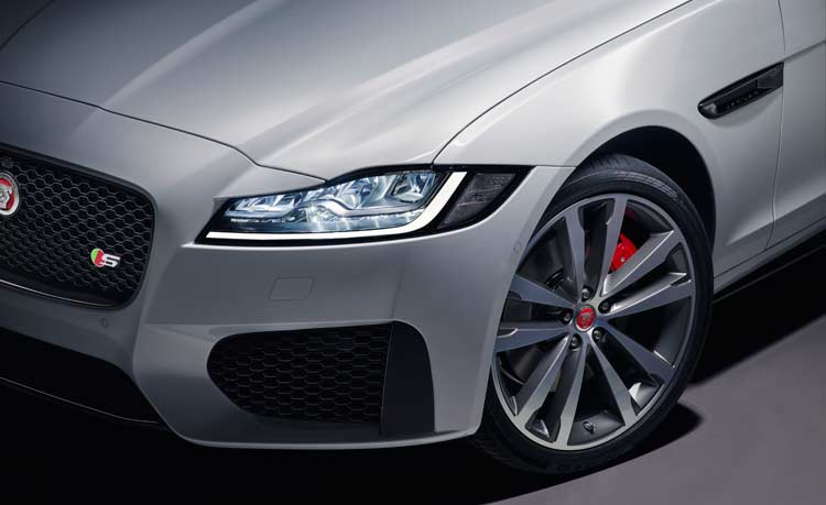 Jaguar XF Sportbrake reveal exterior