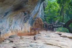 Cave Dining Sri Lanka Heritance Kandalama MenStyleFashion 2017 (2)