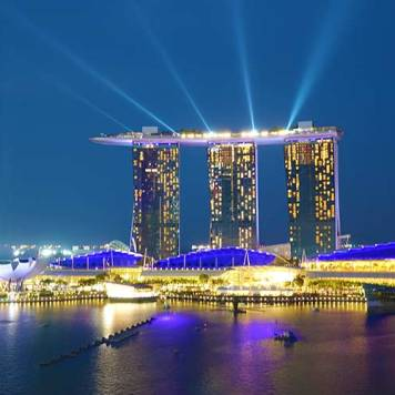 Fullerton hotel singapore lighthouse bar (4)