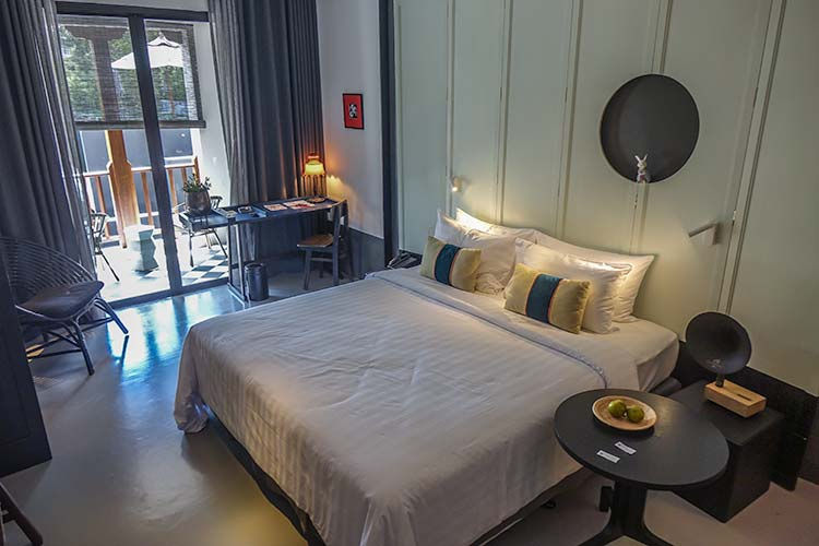 Hotel des Artists, Ping Silhouette - Chiang Mai Affordable Luxury - review