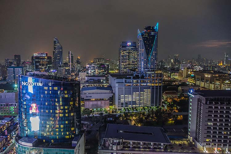 Amari Watergate Bangkok Hotel men style fashion review view over bangkok