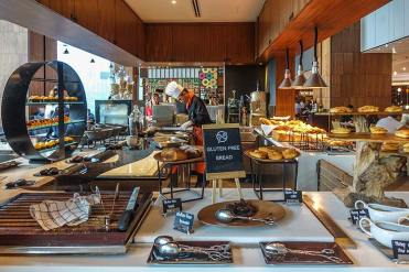 Amari Watergate Bangkok hotel review MenStyleFashion (16)