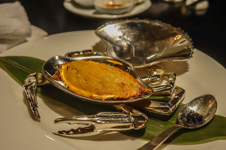 Oven-baked Crab Meat with onion Ya Ge Restaurant Mandarin Oriental Taipei