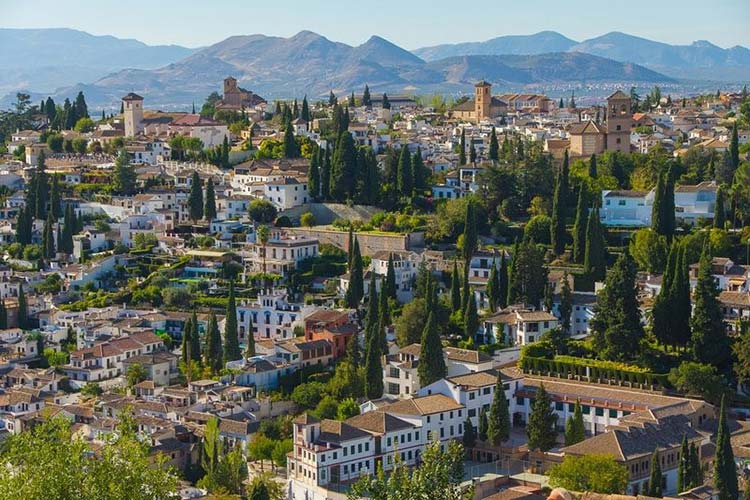 Gorgeous Granada – The Alluring Spanish City That Has It All