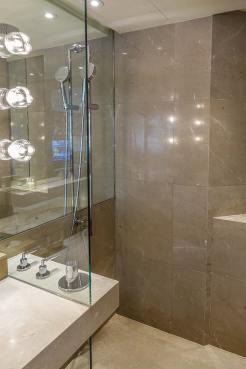Grand Hyatt Hong Kong Hotel Review menstylefashion (2)