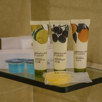 Royal Pacific Hotel and Towers review MenStyleFashion (8)