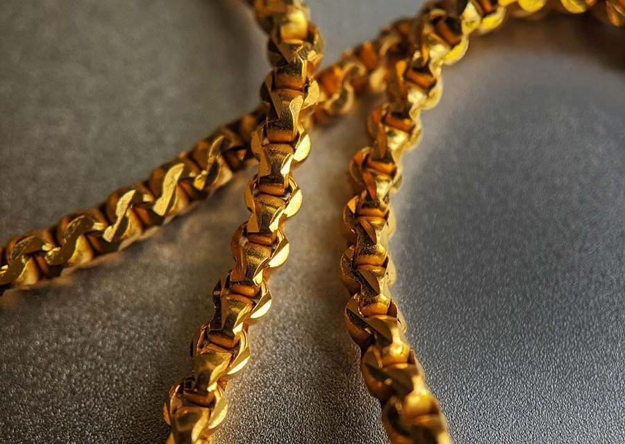 A Definitive Guide to Gold Chains for Men