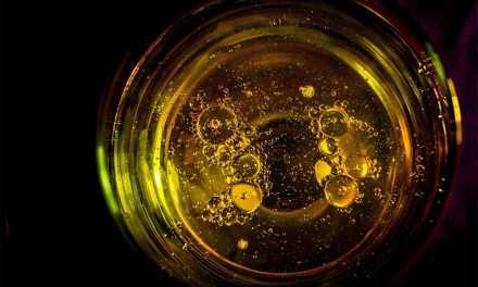 CBD Oils – A Complete Guide The Benefits & Drawbacks