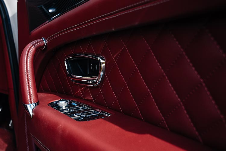 Bentley Bentayga SUV V8 Cricket Ball