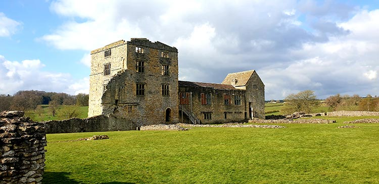 Helmsley Castle is a medieval castle situated in the market town of Helmsley, within the North York Moors National Park, North Yorkshire,