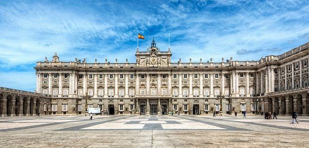Five Awesome Reasons to Study in Spain