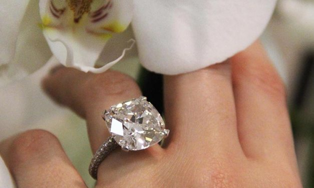 Engagement Ring- Tips On Cushion Cut Diamonds