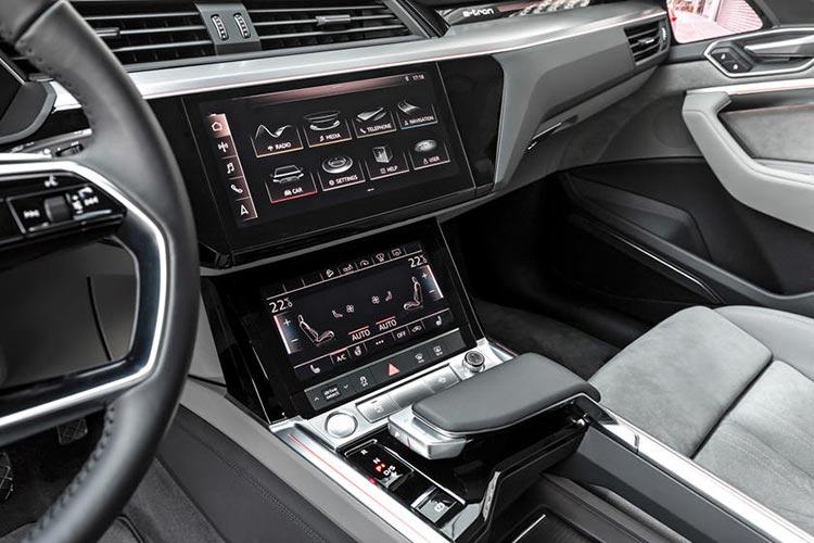 Audi ETron 2019 Gears
