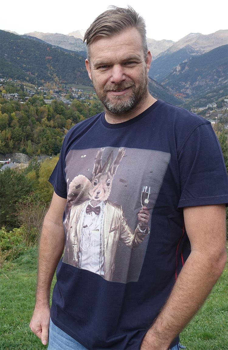 Joebrowns tshirt christmas tuxedo print
